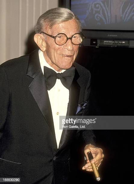 Comedian George Burns attends The First Annual Comedy Hall of Fame Awards Ceremony Honoring Carol Burnett George Burns Walter Matthau Jonathan...