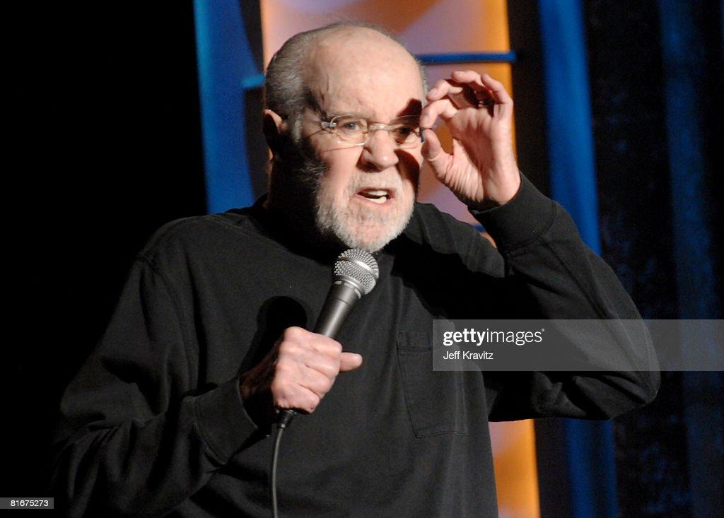 HBO's 13th Annual U.S. Comedy Arts Festival - George Carlin : News Photo