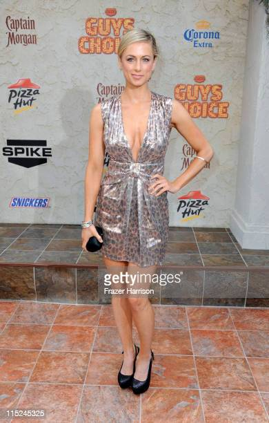 Comedian Iliza Shlesinger arrives at Spike TV's 5th annual 2011 Guys Choice Awards at Sony Pictures Studios on June 4 2011 in Culver City California