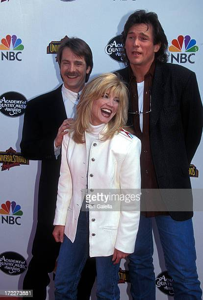 Comedian Jeff Foxworthy, singer/actress Crystal Bernard and singer Billy Dean attend the 31st Annual Academy of Country Music Awards on April 24,...
