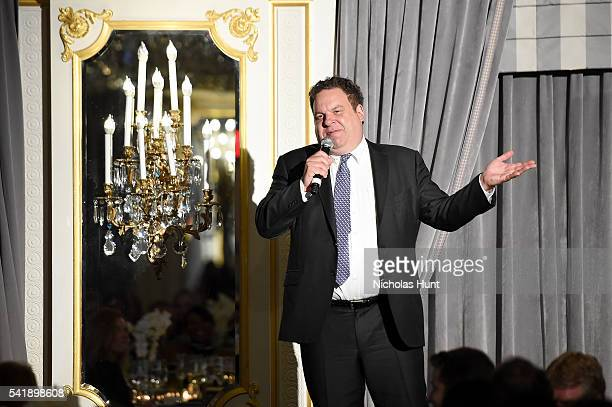 Comedian Jeff Garlin performs stand up at the Museum of the Moving Image honoring Netflix Chief Content Officer Ted Sarandos and Seth Meyers at St...