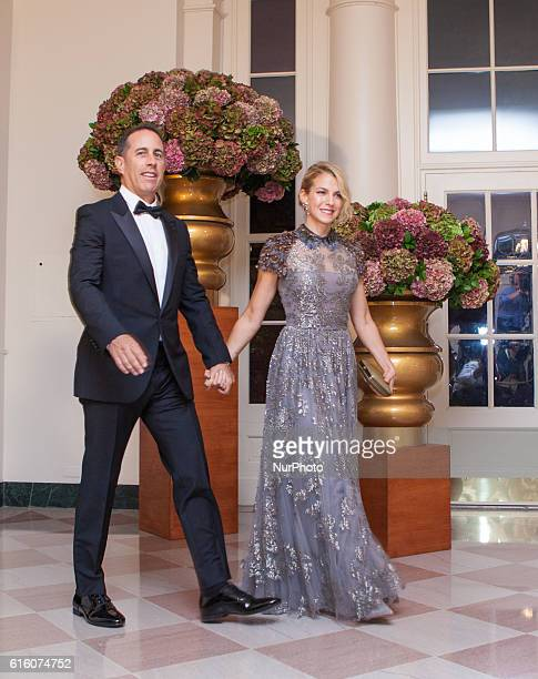 Comedian Jerry Seinfeld and his wife Jessica Seinfeld arrive at the White House in Washington DC USA on 18 October 2016 for the Italy State Dinner...