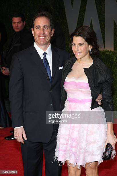 Comedian Jerry Seinfeld and wife Jessica Seinfeld arrive at the 2009 Vanity Fair Oscar Party hosted by Graydon Carter held at the Sunset Tower on...