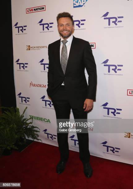 Comedian Joel McHale attends the fourth annual Tyler Robinson Foundation gala benefiting families affected by pediatric cancer at Caesars Palace on...