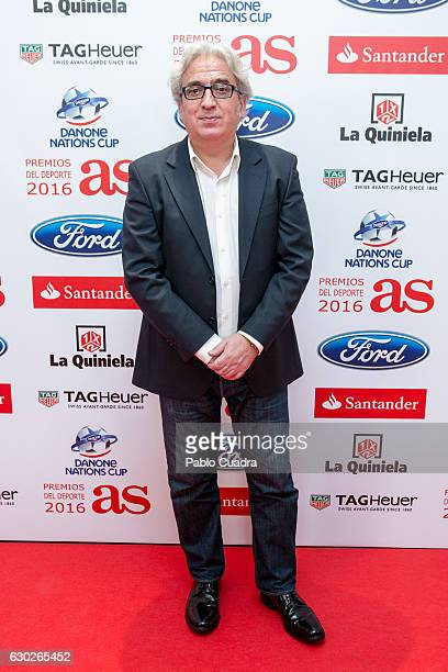 Comedian Leo Harlem attends the 'AS Del Deporte' awards 2016 gala at Westing Palace Hotel on December 19 2016 in Madrid Spain