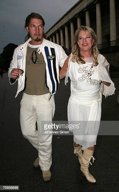 Comedian Lisa Fitz and her boyfriend Peter Knirscharrive for the Primetime Nightclub event on August 2, 2007 in Munich, Germany.