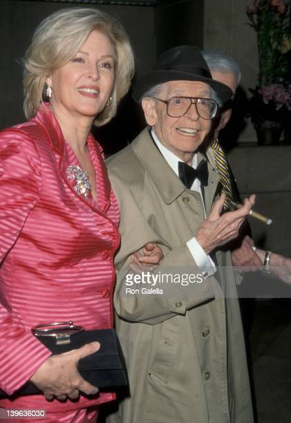 Comedian Milton Berle and wife Lorna Adams attending Friar's Club Gala Honoring Jerry Springer on April 29 1999 at the Beverly Hilton Hotel in...