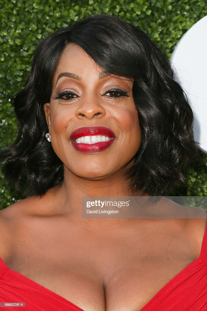 Comedian Niecy Nash arrives at the CBS, CW, Showtime Summer TCA Party at the Pacific Design Center on August 10, 2016 in West Hollywood, California.