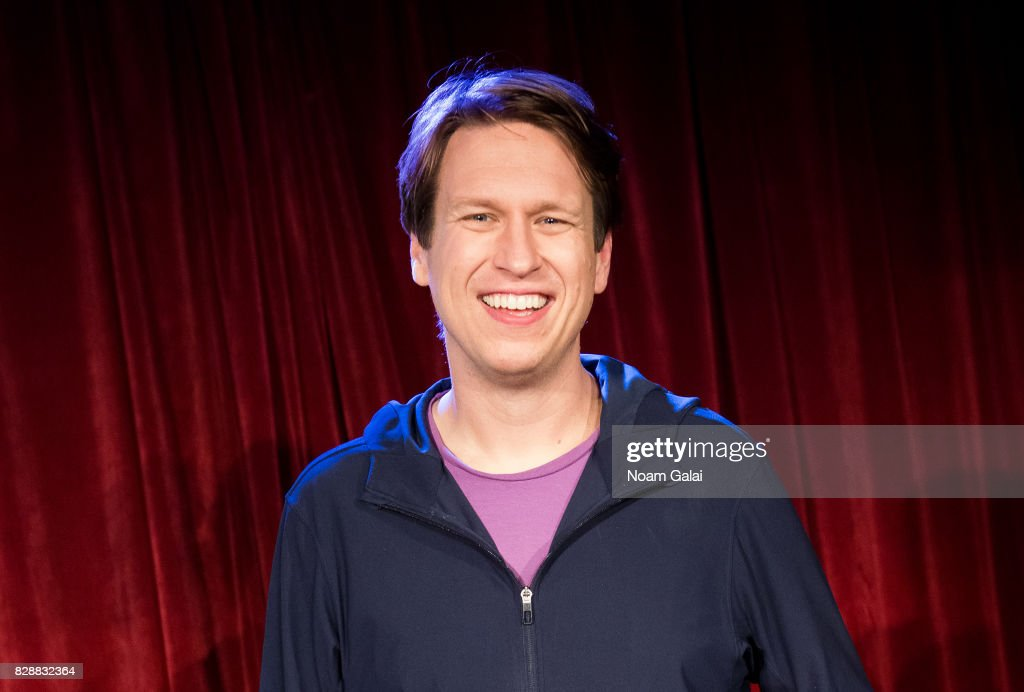 """HBO's """"Crashing Comedy Night With Pete Holmes & Friends"""" : News Photo"""