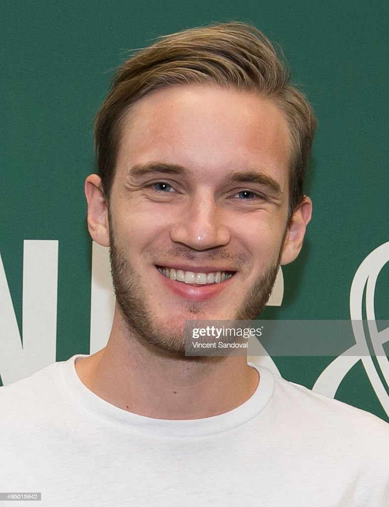 """PewDiePie Book Signing For """"This Book Loves You"""" : News Photo"""