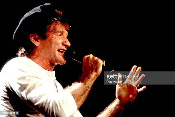 Comedian Robin Williams performs onstage, Chicago, Illinois, September 6, 1992.
