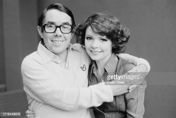 Comedian Ronnie Corbett and singer Dana, November 14th 1975.