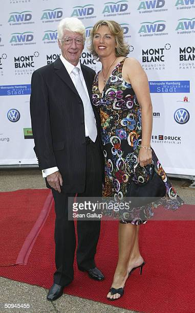 Comedian Rudi Carrell attends the Women's World Award on June 9 2004 at the Congress Center in Hamburg Germany