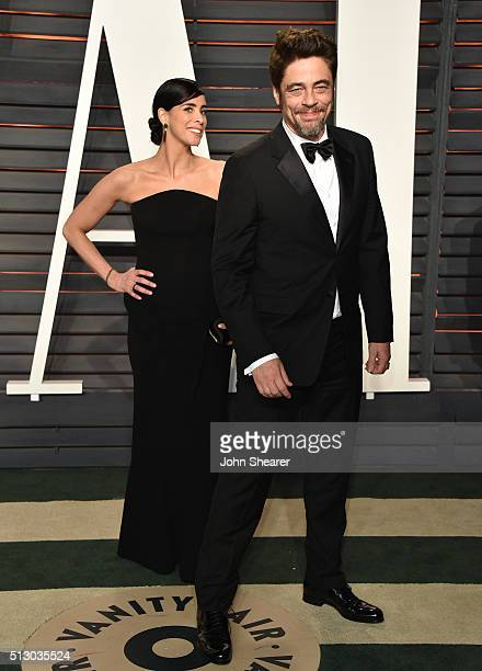 Comedian Sarah Silverman and actor Benicio del Toro arrive at the 2016 Vanity Fair Oscar Party Hosted By Graydon Carter at Wallis Annenberg Center...