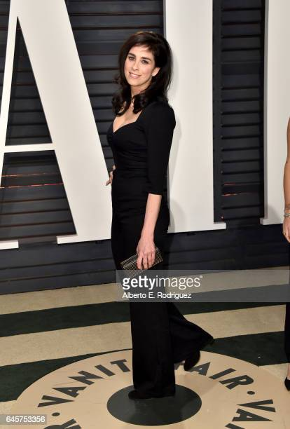 Comedian Sarah Silverman attends the 2017 Vanity Fair Oscar Party hosted by Graydon Carter at Wallis Annenberg Center for the Performing Arts on...
