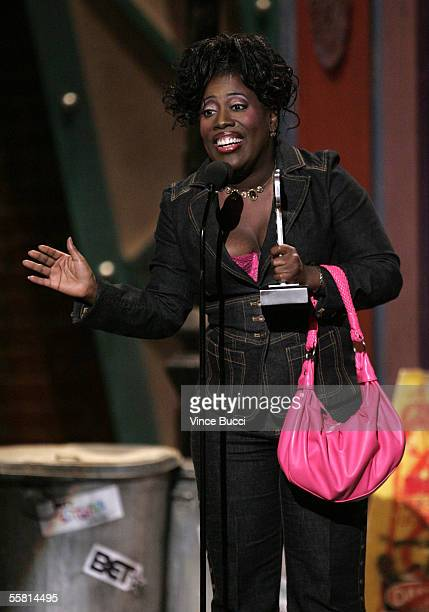 Comedian Sheryl Underwood accepts the Platinum Mic StandUp Award at the 2005 BET Comedy Icon Awards at the Pasadena Civic Auditorium on September 25...