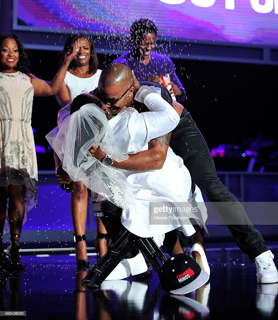 Comedian Sheryl Underwood (L) and actor Shemar Moore present onstage at the 2014 Ford Neighborhood Awards Hosted By Steve Harvey at the Phillips Arena on August 9, 2014 in Atlanta, Georgia.