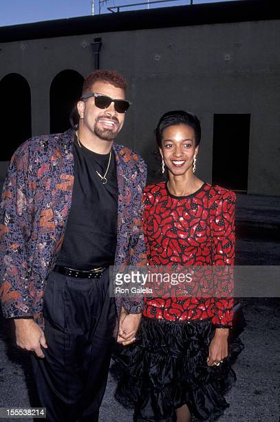 Comedian Sinbad and wife Meredith Adkins attend 17th Annual People's Choice Awards on March 11 1991 at Paramount Studios in Hollywood California