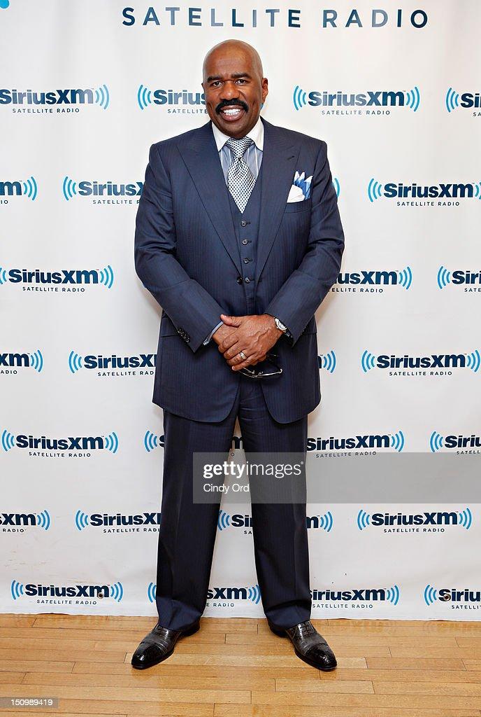 Comedian Steve Harvey visits the SiriusXM Studio on August 29, 2012 in New York City.
