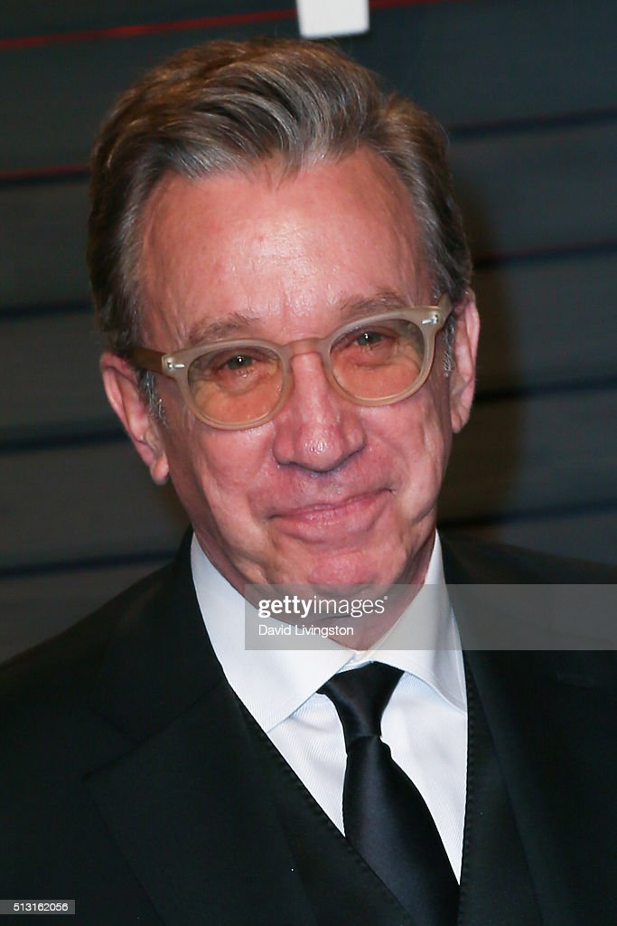 Comedian Tim Allen arrives at the 2016 Vanity Fair Oscar Party Hosted by Graydon Carter at the Wallis Annenberg Center for the Performing Arts on February 28, 2016 in Beverly Hills, California.