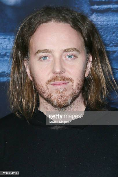 "Comedian Tim Minchin arrives at the premiere of HBO's ""Game of Thrones"" Season 6 at the TCL Chinese Theatre on April 10, 2016 in Hollywood,..."