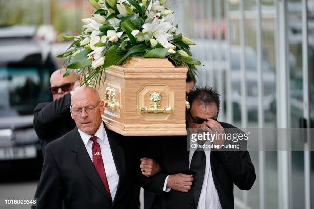 Comedian Tommy Cannon arrives for the funeral service of Barry Chuckle at The New York Stadium on August 17 2018 in Rotherham England Comedy...