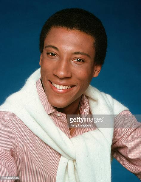 Comedian TV host and producer Byron Allen poses for a portrait in 1980 in Los Angeles California