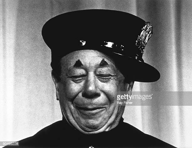 Comedian/actor Bert Lahr in a secne from Burlesque