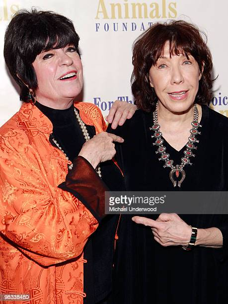 Comedians Jo Anne Worley and Lily Tomlin arrive at a benefit hosted by Lily Tomlin to benefit Voice for the Animals Foundation featuring the stars of...