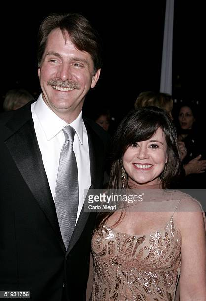 Comedien Jeff Foxworthy and wife Pamela Gregg arrive at the 31st Annual People's Choice Awards at the Pasadena Civic Auditorium on January 9 2005 in...