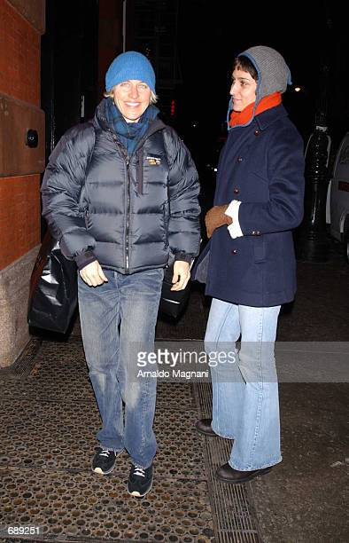 Comedienne Ellen DeGeneres walks downtown with girlfriend Alexandra Hedison December 29 2001 after shopping at Barneys in New York City