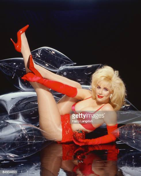 Comedienne Rhonda Shear poses for a portrait circa 2000 in Los Angeles California
