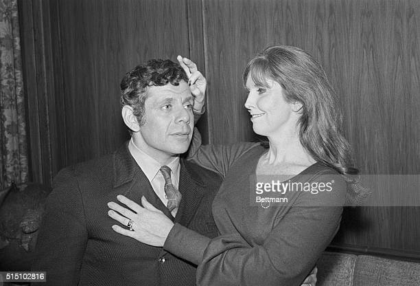 Comedians Jerry Stiller and Anne Meara say their brand of humor has the odor of chicken fat and cabbage The duo billed as Stiller and Meara for their...