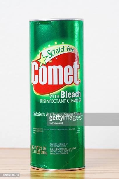 Cometa con limpiador de blanqueador desinfectante