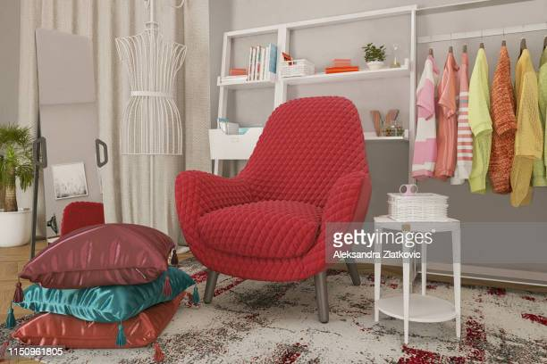 fauteuil confortable - couleur corail photos et images de collection