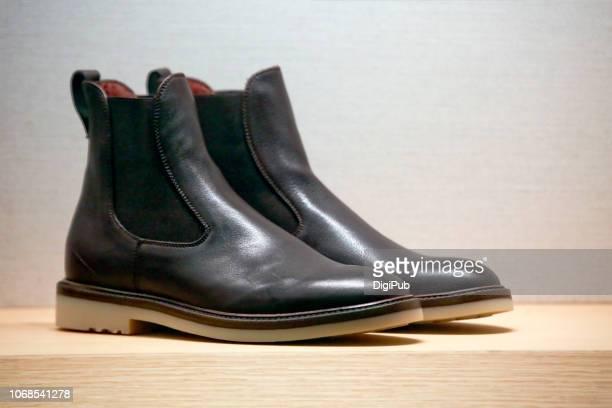 comfortable leather shoes - レザー・シューズ ストックフォトと画像