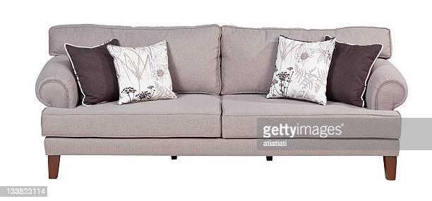Canapé confortable avec chemin