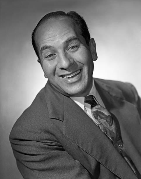 comic-actor-artie-auerbach-he-portrays-m