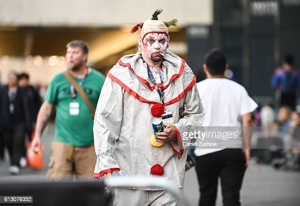 Comic Con attendee poses as Twisty the killer clown during 2016 New York Comic Con Day 1 on October 6 2016 in New York City