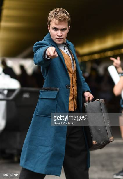 Comic Con cosplayer dressed as Newt Scamander from 'Fantastic Beasts and Where to Find Them' poses during the 2017 New York Comic Con Day 4 on...