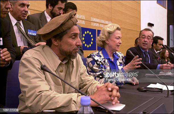 Commandant Massoud At The European Parliament On May 4Th 2001 In Strasbourg France Nicole Fontaine Pdt Of The Parliamant