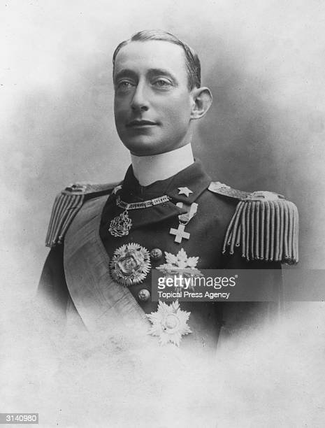 Commander in Chief of the Italian Navy,The Duc d'Abruzzi, Luigi of Savoy, Luigi Amadeo Guiseppe Abruzzi, the Italian explorer who reached 24,608 ft...