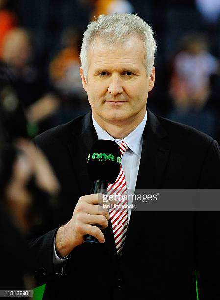 Commentator Andrew Gaze does a piece to camera before the start of game two of the NBL Grand Final series between the Cairns Taipans and the New...