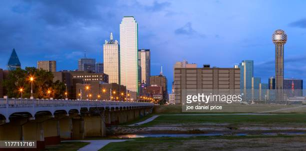 commerce street bridge, dallas, texas, america - trinity river texas stock pictures, royalty-free photos & images
