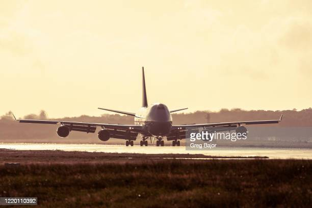 commercial aeroplane - greg bajor stock pictures, royalty-free photos & images
