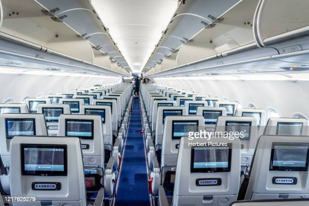 commercial aviation: airbus a320neo, azul, economy class, commercial aircraft, passenger cabin, economy class. - a320 stock pictures, royalty-free photos & images