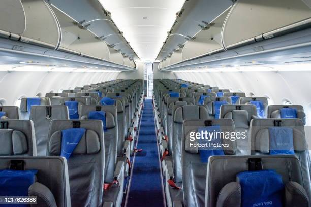 commercial aviation: airbus a320neo, azul, economy class, commercial aircraft, passenger cabin, economy class. - airbus a320 stock pictures, royalty-free photos & images