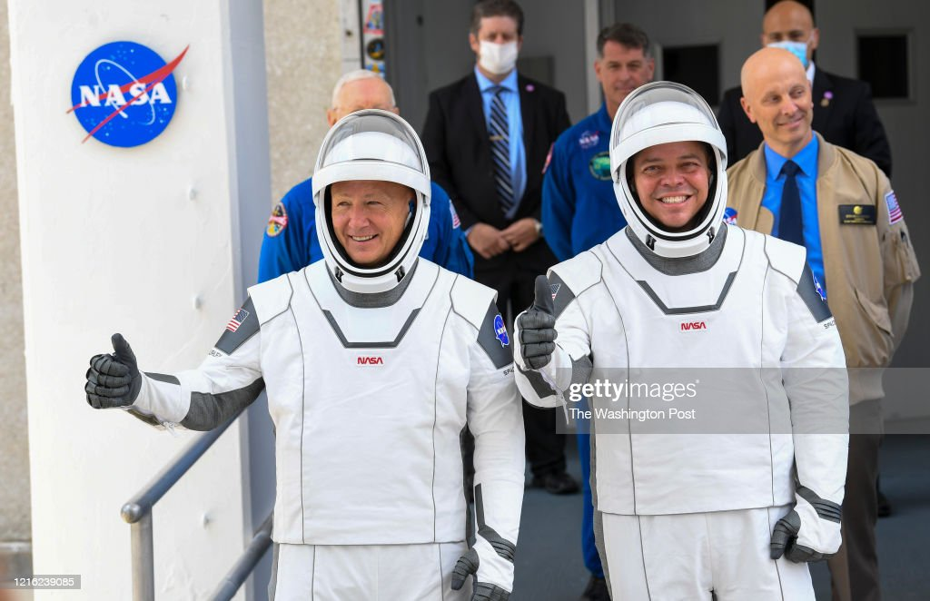 SpaceX is scheduled to launch two astronauts in the first human spaceflight from U.S. soil in nearly a decade abourd a Falcon 9 rocket. : ニュース写真