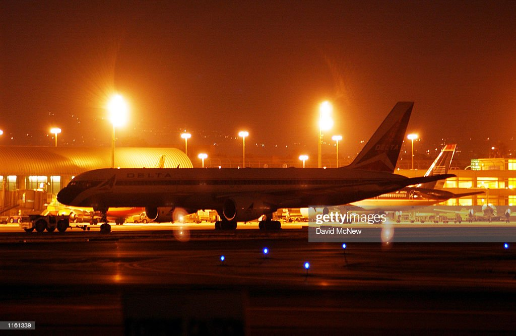 California closes airports and theme parks pictures getty images commercial jets stand idle at john wayne airport after it was shut down september 11 sciox Images