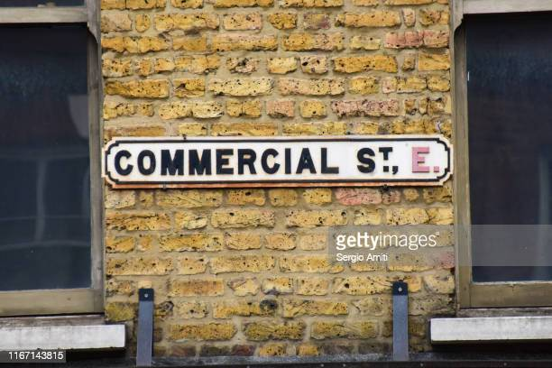 commercial street sign - sergio amiti stock pictures, royalty-free photos & images